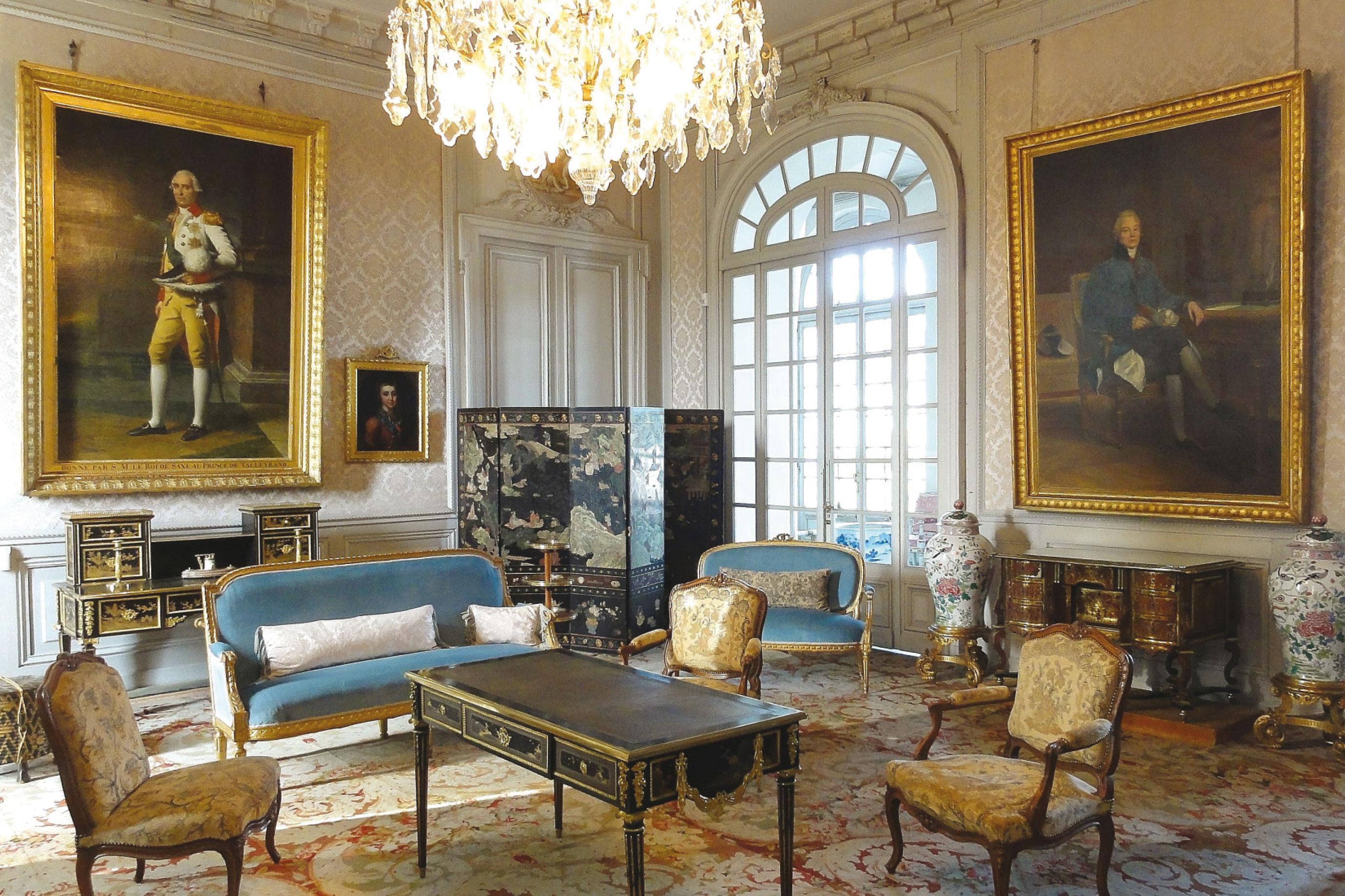 Deco Salon Bleu Roi château de valençay — des collections remarquables